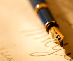 Writers don't normally use a pen anymore. It's still a great icon for writing