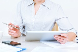 Professional services buyers now overwhelmingly check you out online